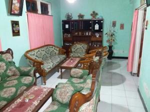 Sabuk Semeru Homestay, Ubytování v soukromí  Gunungsawar - big - 10