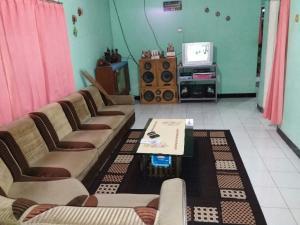 Sabuk Semeru Homestay, Ubytování v soukromí  Gunungsawar - big - 7