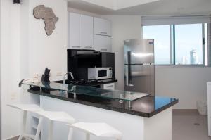 Stunning 2 Bedroom on the Beach in Bocagrande, Apartmanok  Cartagena de Indias - big - 2