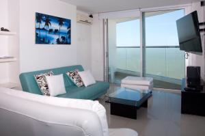 Stunning 2 Bedroom on the Beach in Bocagrande, Apartmanok  Cartagena de Indias - big - 17