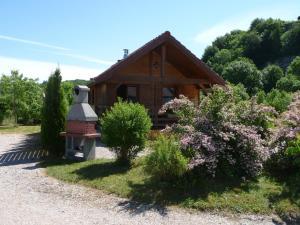 Location gîte, chambres d'hotes Chalets les Silènes dans le département Jura 39