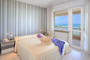 Riccione Beach Apartments - AbcAlberghi.com