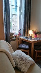 Apartament Dmowskiego