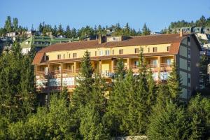 Family Hotel Como Rivisondoli, Hotely  Rivisondoli - big - 11
