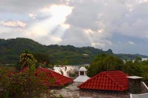 Atitlan Lake House AT005, Prázdninové domy  Cerro de Oro - big - 12