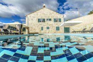 Luxury villa with a swimming pool Dubravka (Dubrovnik) - 11073