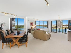 Yacht Harbour Towers Unit 3F - Two bedroom On the hill overlooking the Tweed Harbour - Gold Coast
