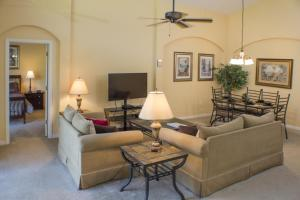 320 Highgate at Legacy Park 4 Bedroom Villa, Ville  Davenport - big - 22