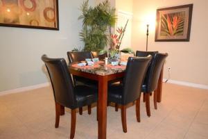 3117 Sun Lake 3 Bedroom Condo, Case vacanze  Orlando - big - 4
