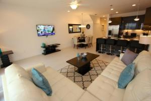 17532 Serenity 3 Bedroom Townhouse - Clermont