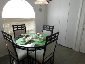 863 Hampton Lakes 3 Bedroom Villa, Vily  Davenport - big - 5