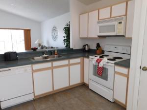 863 Hampton Lakes 3 Bedroom Villa, Vily  Davenport - big - 20