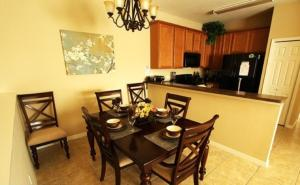 2755 Oakwater Resort 2 Bedroom Townhouse, Nyaralók  Orlando - big - 17