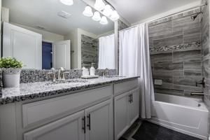 1590 Champions Gate Resort 4 Bedroom Townhouse, Case vacanze  Davenport - big - 22