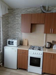 Gostinitsa Zlato Apartment Sverdlova - Imeni Lenina