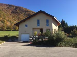 Villa du lac bleu