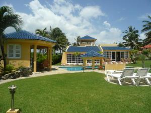 Oceanfront Villa Cabarete, Cabarete
