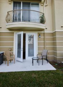 Villa - Three Bedroom Condominium