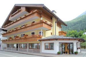 Hotel Garnì posta - Forno di Zoldo