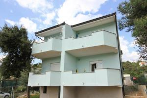 Apartment Poljica 10010a, Апартаменты  Марина - big - 15
