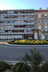 Apartments by the sea Split - 12647