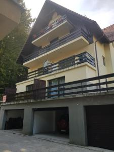 Apartament Kalinderu 2 Busteni - Apartment