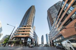 Melbourne Private Apartments - Collins Street Waterfront, Docklands - Melbourne