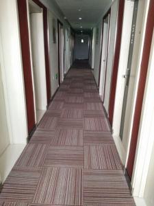 Thank Inn Chain Hotel Shanxi Yulin Qingjian Road, Hotel  Yulin - big - 9
