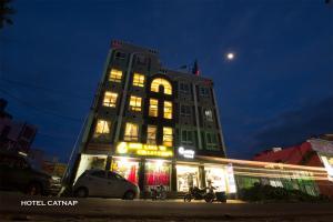 Hotel Catnap