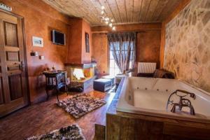 Hostels e Albergues - Enthymio Suites