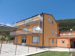 Apartment Kastel Stari 12104b