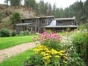 Mountain Springs Nature Retreat - Accommodation - Kaleden