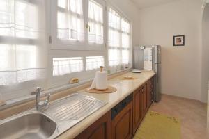Botteghelle 55, Apartments  Salerno - big - 21