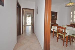Botteghelle 55, Apartments  Salerno - big - 9
