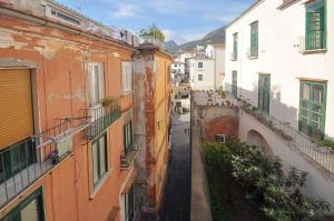 Botteghelle 55, Apartments  Salerno - big - 4