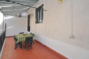 Botteghelle 55, Apartmanok  Salerno - big - 8