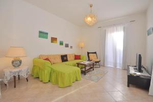 Botteghelle 55, Apartments  Salerno - big - 17