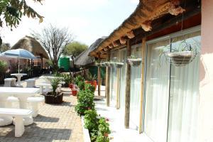 Keeme-Nao Hotel, Hotel  Mahalapye - big - 49