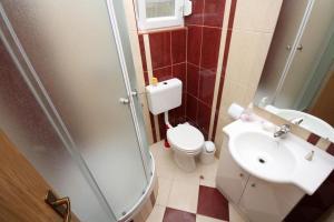 Apartment Vinisce 4886b, Ferienwohnungen  Vinišće - big - 21