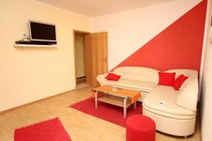 Apartment Vinisce 4886b, Ferienwohnungen  Vinišće - big - 28