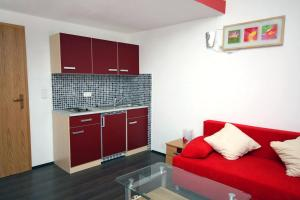 Apartment Vinisce 4886d, Appartamenti  Vinišće - big - 11