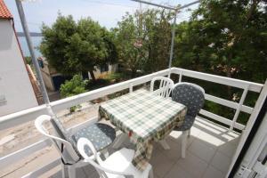 Apartments by the sea Nerezine, Losinj - 3479