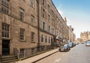 Blair St Burns apt Old Town, Apartmanok  Edinburgh - big - 16