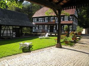 Location gîte, chambres d'hotes Ferme Auberge du Moulin des Sept Fontaines dans le département Bas Rhin 67