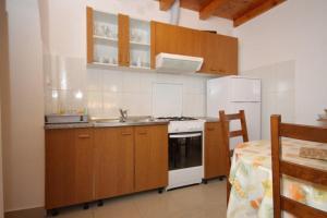 Apartment Scedro - Uvala Karkavac 8801d, Appartamenti  Jelsa (Gelsa) - big - 6