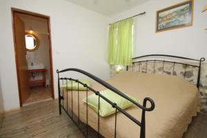 Apartment Scedro - Uvala Karkavac 8801d, Appartamenti  Jelsa (Gelsa) - big - 17