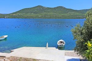 Apartments by the sea Kabli Peljesac 11695