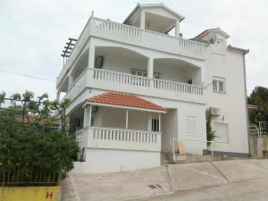 Apartment Slatine 11799e, Appartamenti  Trogir - big - 24