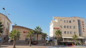 Aragosta Hotel & Restaurant, Szállodák  Durrës - big - 1
