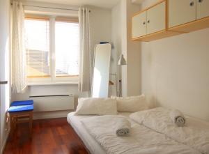 Apartment Seeblick by Alpen Apartments, Apartments  Zell am See - big - 11
